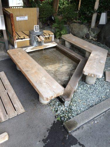 ホテル 古湧園の足湯
