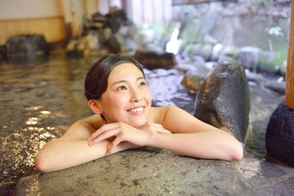massage in hot spring