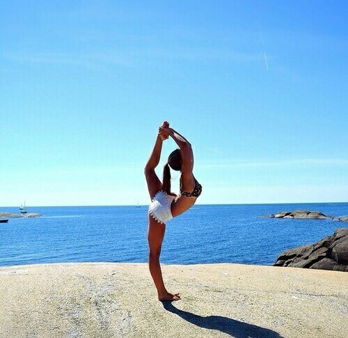 yoga dogo