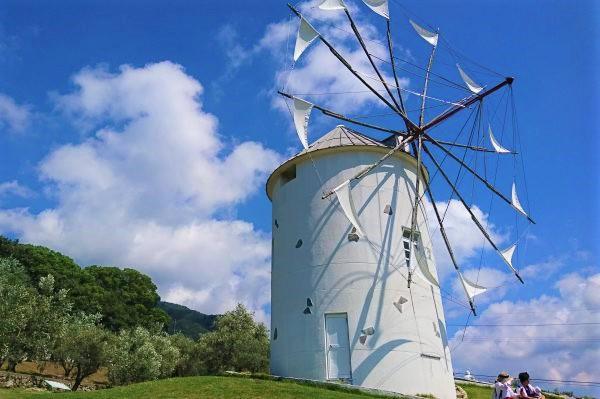オリーブ公園_風車