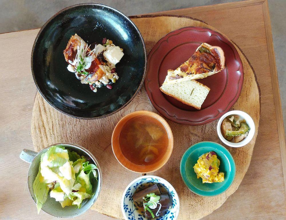 野菜 カフェ 松山